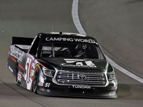 Kyle Busch Rebounds from Flat Tire to Finish Second At Las Vegas