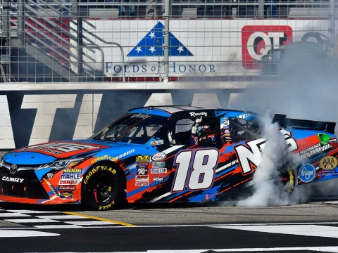 ROWDY PUTS NOS ENERGY DRINK BACK IN VICTORY LANE