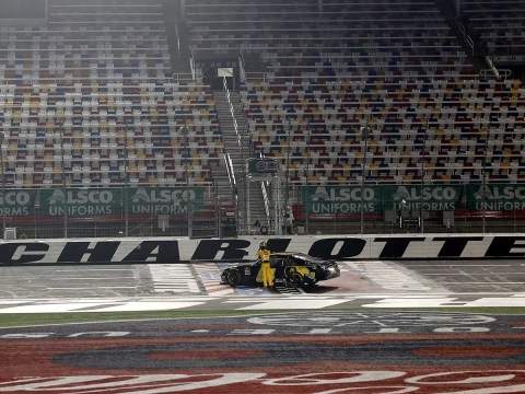 Kyle Busch Makes a Last Lap Pass to Win At Charlotte Motor Speedway