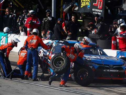 RACE RECAP: Drive for Safety 300