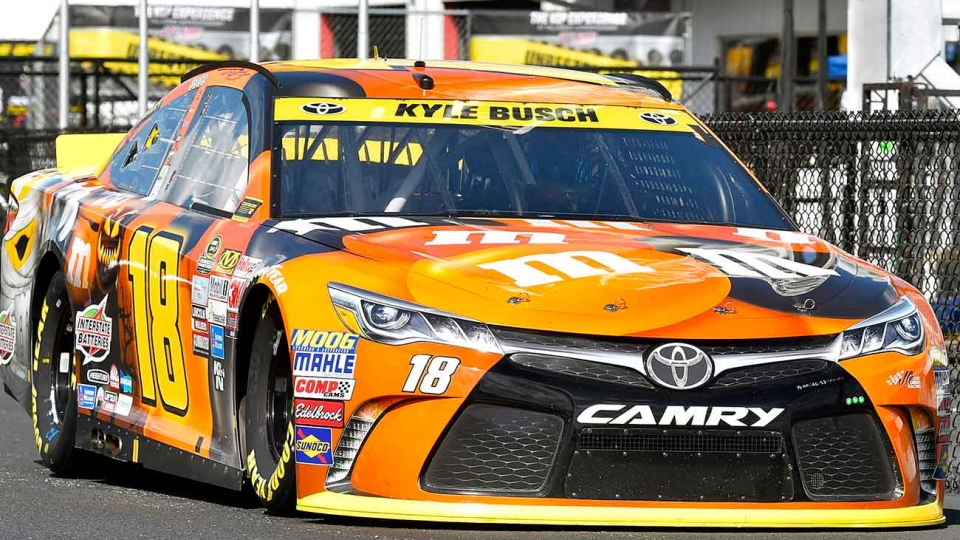 kyle busch martinsville not so spooky anymore